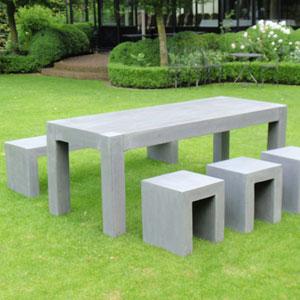 Pirson pottery cr un espace repas authentique moderne pour votre jard - Table de jardin moderne ...