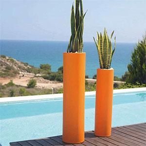 nouveaut s vondom des pots contemporains pour sublimer vos plantes jardinchic le blog. Black Bedroom Furniture Sets. Home Design Ideas